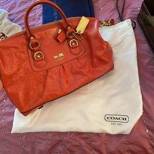 COACH AUTHENTIC PURSE WITH STRAP